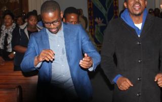 SMMS-singing-dancing
